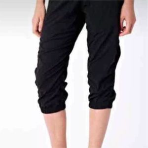 Ivivva kids crop black pants 6